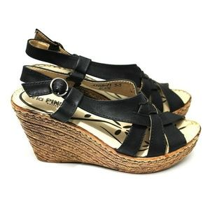 via pinky Shoes - VIA PINKY COLLECTION Women's Wedge Size 5.5